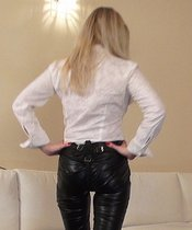 Mistress Lilse - The Anal Slave In The TV