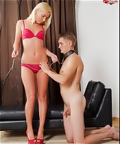 Hung stud gets to plow blonde's slit while her husband only gets to lick it